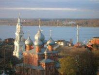 rostov-velikij-yaroslavl-kostroma-krasnoe-pljos